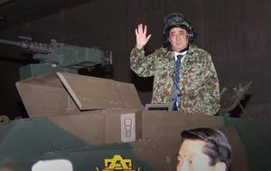 安倍戦車2.jpg