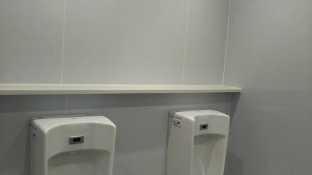 沈黙のトイレ2.JPG